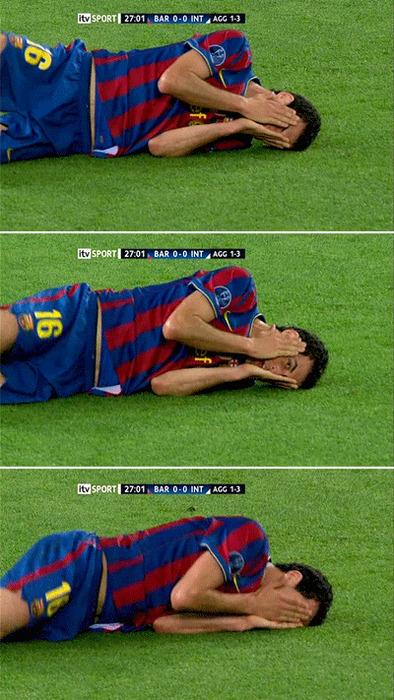Sergio peekaboo